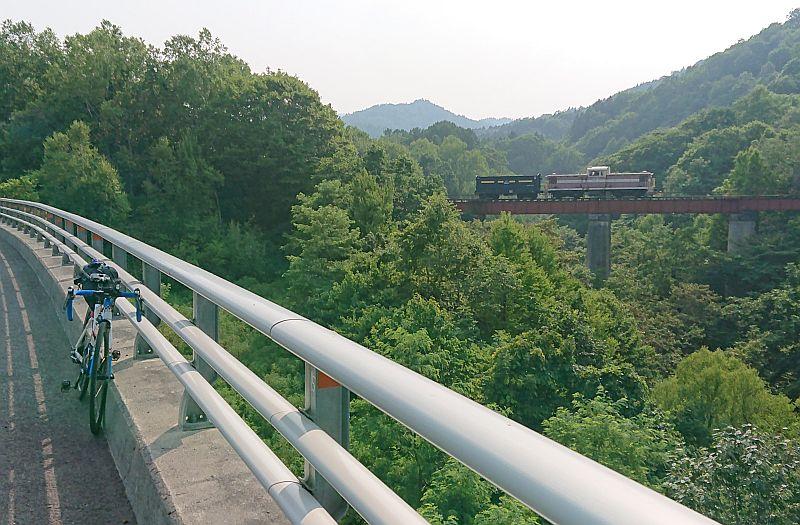 http://ayu2.com/Bicycle/bicphoto/023.jpg