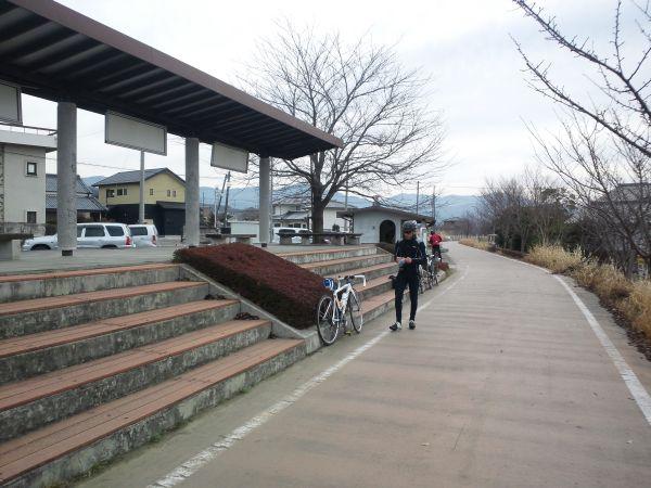 http://ayu2.com/Bicycle/bicphoto/130112%E7%AD%91%E6%B3%A2_007.jpg