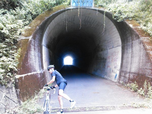 http://ayu2.com/Bicycle/bicphoto/130831%E5%A5%A5%E5%A4%9A%E6%91%A9_007.jpg