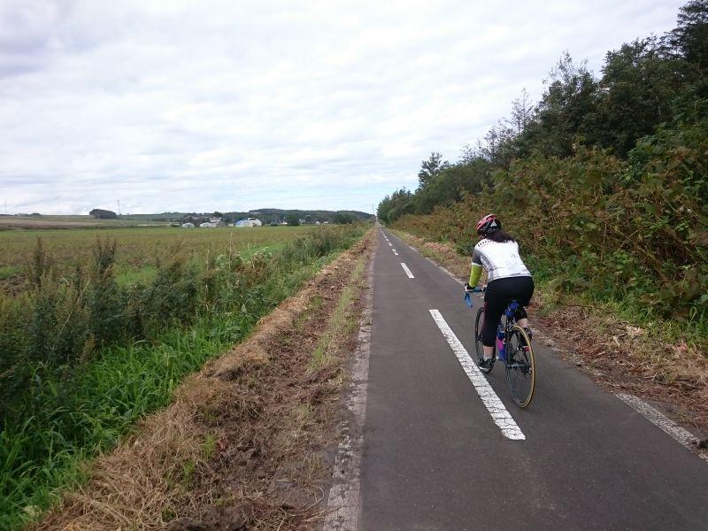 http://ayu2.com/Bicycle/bicphoto/160819%E5%8C%97%E6%B5%B7%E9%81%93008.jpg