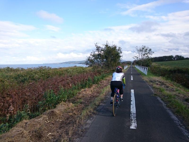 http://ayu2.com/Bicycle/bicphoto/160819%E5%8C%97%E6%B5%B7%E9%81%93031.jpg
