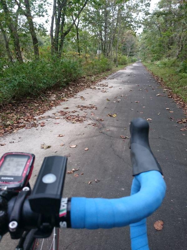 http://ayu2.com/Bicycle/bicphoto/160922%E5%8C%97%E6%B5%B7%E9%81%93%E6%94%AF%E7%AC%8F%E6%B9%96030.jpg
