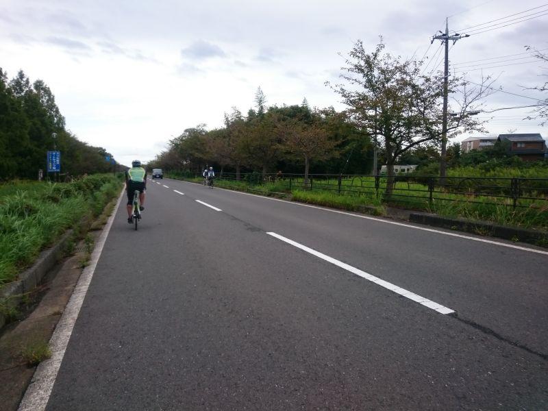 http://ayu2.com/Bicycle/bicphoto/161001%E3%83%93%E3%83%AF%E3%82%A4%E3%83%81046.jpg