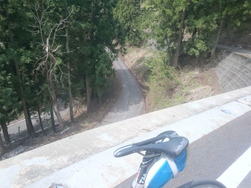http://ayu2.com/Bicycle/bicphoto/170503%E8%87%AA%E8%BB%A2%E8%BB%8A%E5%A6%BB%E6%9C%89003.jpg