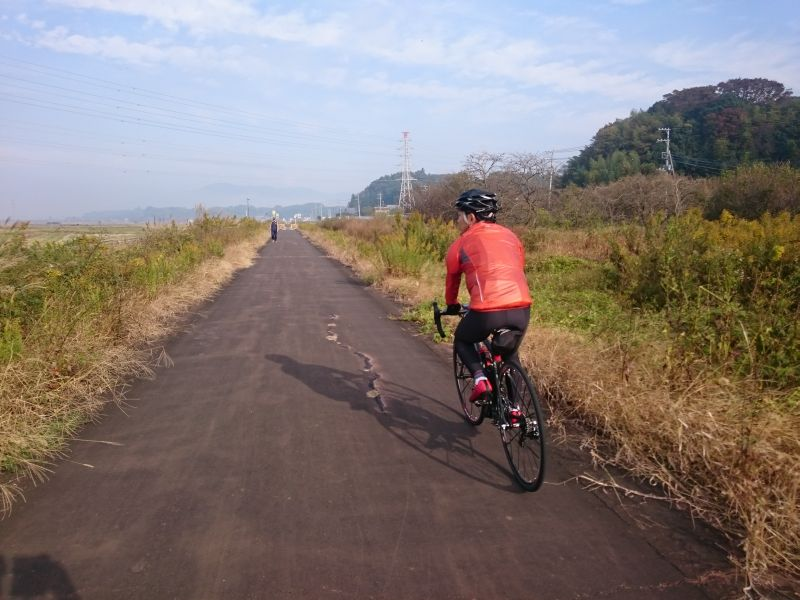 http://ayu2.com/Bicycle/bicphoto/171104%E7%AD%91%E6%B3%A2003.jpg