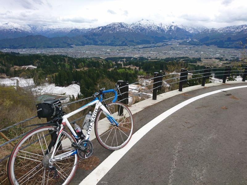 http://ayu2.com/Bicycle/bicphoto/190430%E6%A0%83%E7%AA%AA%E5%B3%A0%E5%8D%81%E4%BA%8C%E5%B3%A0006.jpg