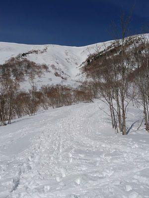 190413平標山バックカントリースキー012.jpg