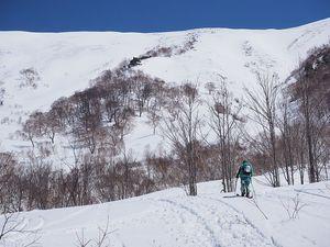 190413平標山バックカントリースキー023.jpg