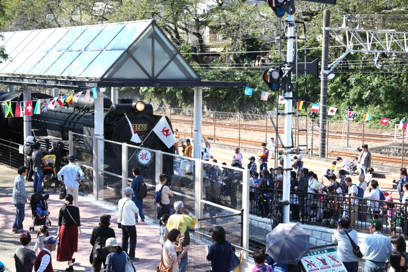http://ayu2.com/train/trainphoto/161015%E5%B1%B1%E5%8C%97D52002.jpg