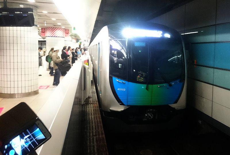 http://ayu2.com/train/trainphoto/170410007.jpg