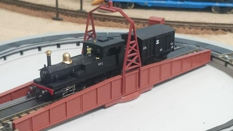 http://ayu2.com/train/trainphoto/170626A8%E6%A8%A1%E5%9E%8B%E4%BB%96041.jpg