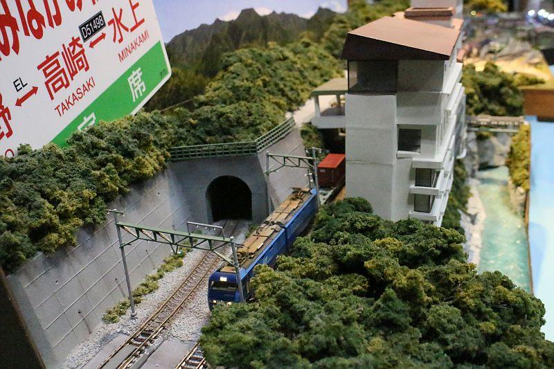 http://ayu2.com/train/trainphoto/170818JAM012.jpg