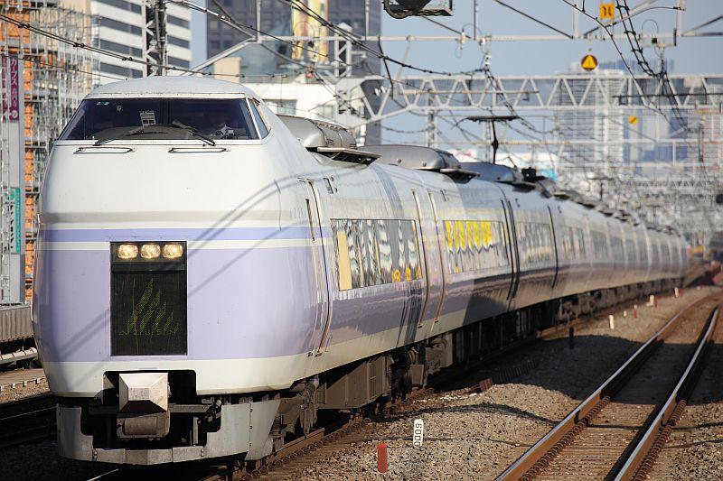 http://ayu2.com/train/trainphoto/180316%E5%AF%8C%E5%A3%AB%E5%B1%B1102702.jpg