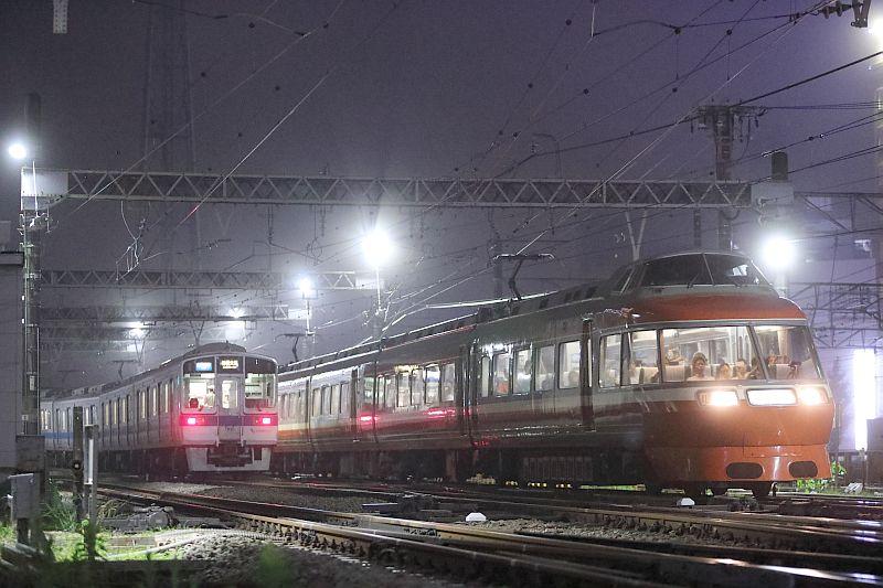 http://ayu2.com/train/trainphoto/180629LSE%E8%97%A4%E6%B2%A2071.jpg