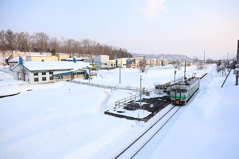 http://ayu2.com/train/trainphoto/190222%E5%A4%95%E5%BC%B5%E6%94%AF%E7%B7%9A%E6%92%AE%E5%BD%B1084.jpg