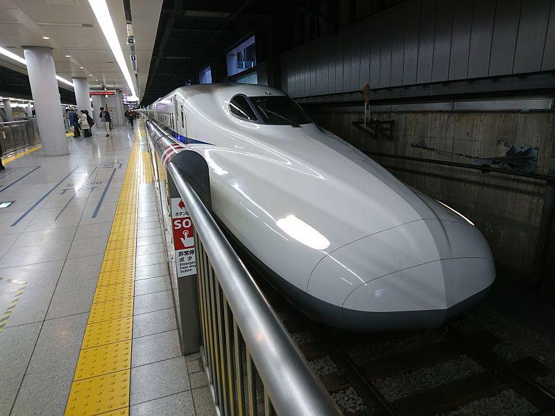 http://ayu2.com/train/trainphoto/DSC_8389.jpg